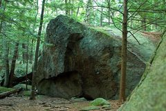 Rock Climbing Photo: Storm Boulder, southwest face
