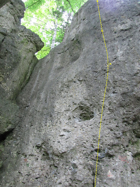 The route up to the third bolt. It of course continues to the anchor from there.