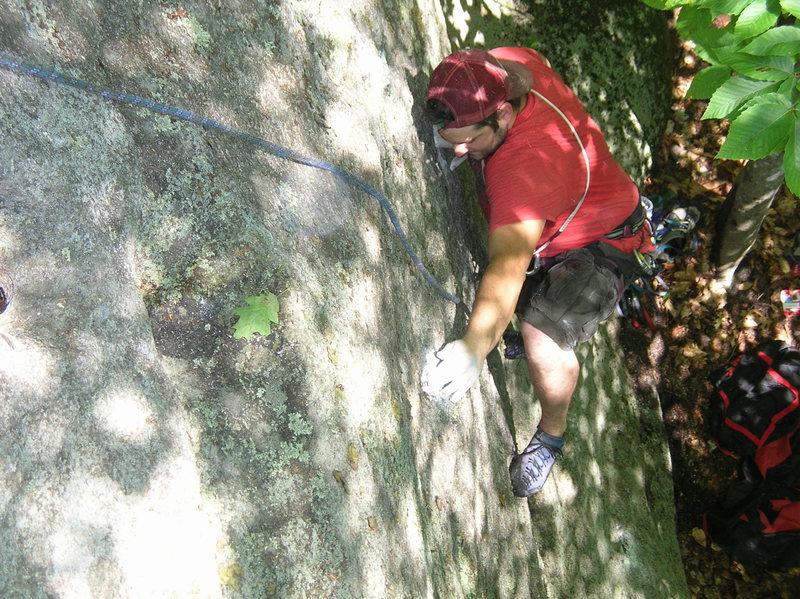 Rock Climbing Photo: Approaching the thread.