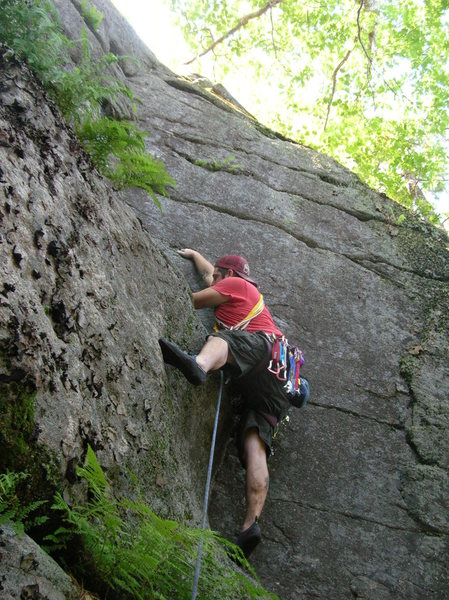 Rock Climbing Photo: Joshua Corbett leads Corner Crack.