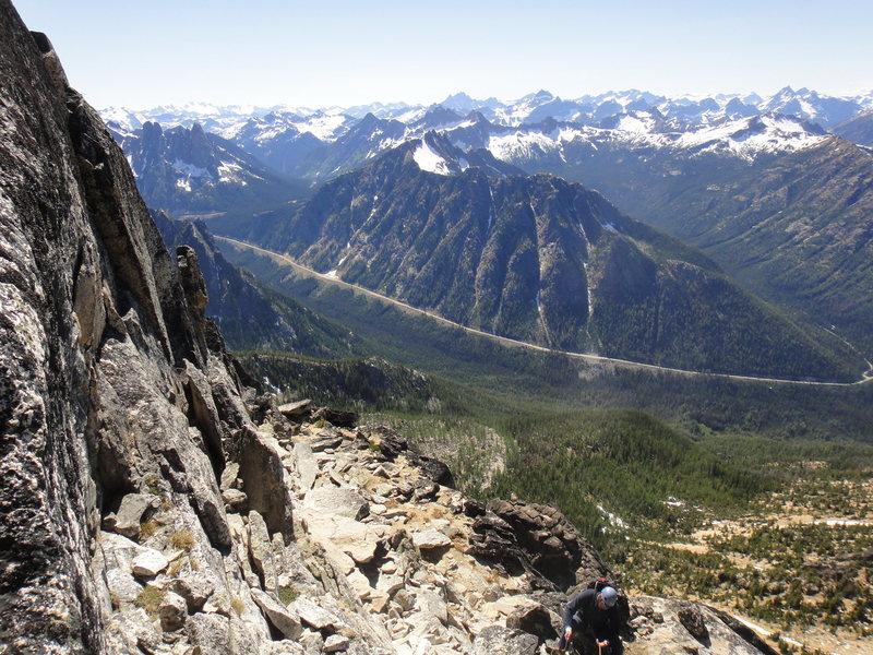 Rock Climbing Photo: big ledge atop P4