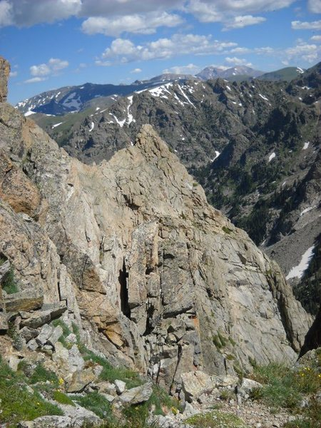 Looking towards the summit from the eagleish boulder before getting into the exposed sections.