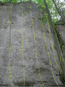 Rock Climbing Photo: Next section further to the right. Bordered on one...
