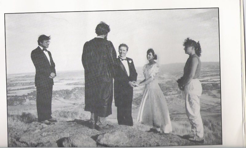 Rock Climbing Photo: Iowa Mountaineer members getting married atop Devi...