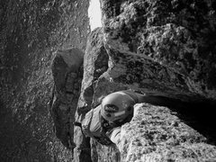 Rock Climbing Photo: Sean on the splitter crack Free Solo. Photo by Mou...
