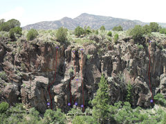 Rock Climbing Photo: Lewis Carroll Wall routes from left to right:  1: ...