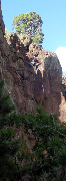 Rock Climbing Photo: Closing in on the top anchors.