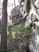 Rock Climbing Photo: A good look at the squeeze chimney offwidth at the...