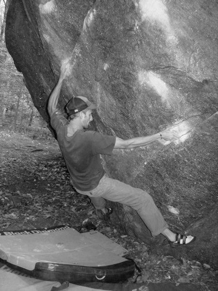 Rock Climbing Photo: first moves of the whales tail