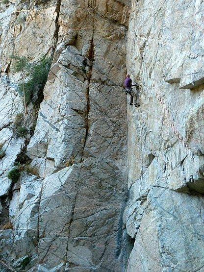 Jason on Delusions (5.11c), Frustration Creek