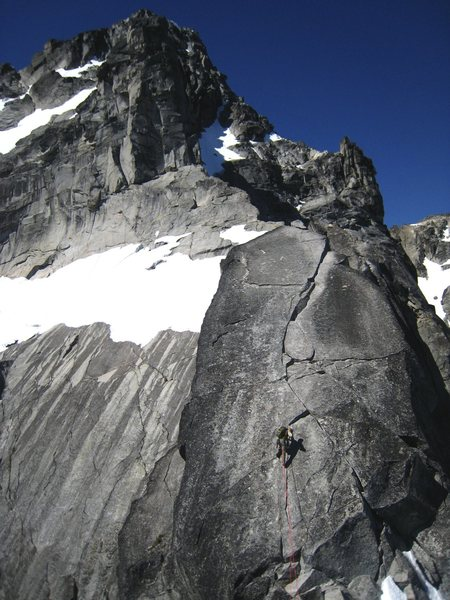 The 'slab with crack' pitch below the Great Gendarme