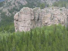 Rock Climbing Photo: The south face of Bear Scat Rock
