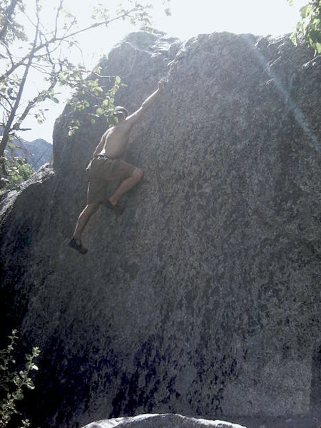 There are some great holds on this boulder you don't see them at first but they start to pop out at you