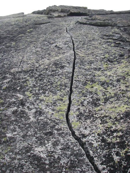 Rock Climbing Photo: This is the 2nd fantastic crack on the 2nd pitch. ...