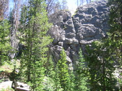 Rock Climbing Photo: Left portion of the crag.  Route 3 is about in cen...