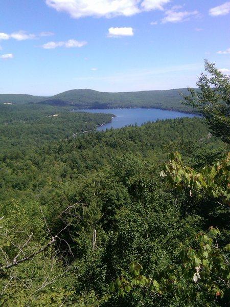 Rock Climbing Photo: Veiw of Merrymeating Lake