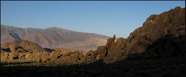 Alabama Hills, early evening.<br> Photo by Blitzo.
