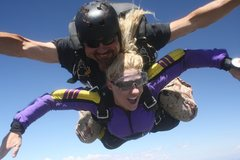 Rock Climbing Photo: Skydiving