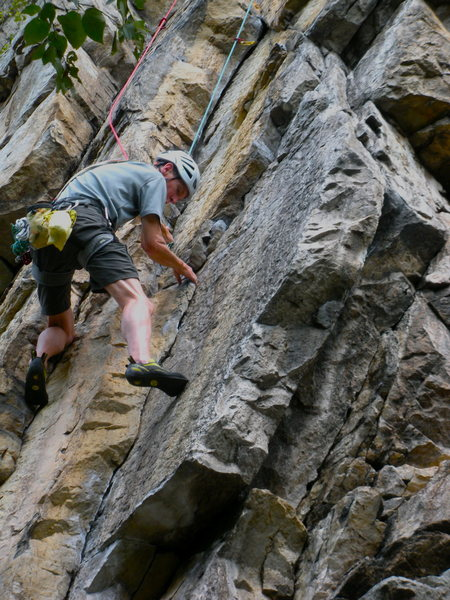 Rock Climbing Photo: Gettin' started on Cottonmouth, sweet!