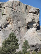 Rock Climbing Photo: Snakes and Ladders follows the thin crack to the j...