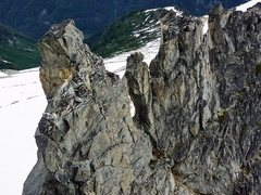 Rock Climbing Photo: Looking back on the South Ridge of South Gunsight ...