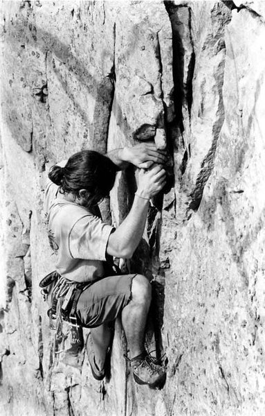 Rock Climbing Photo: An early ascent of the Birth Canal, originally gra...