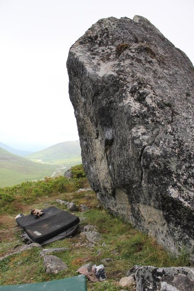 Rock Climbing Photo: Crucifix Boulder Main Face
