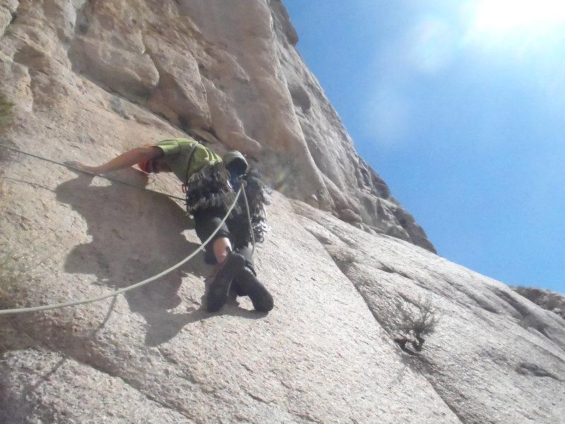 Pitch 3: The delicate traverse into the seam.
