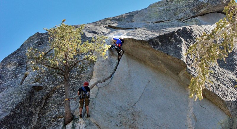 Rock Climbing Photo: pulling the roof on Flower of High Rank
