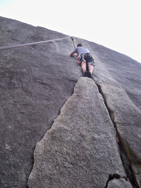 Rock Climbing Photo: Dinkum Crack (5.9) Cosumnes River Gorge, Californi...