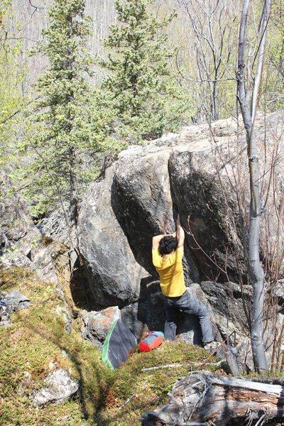 Rock Climbing Photo: Dave Funatake on the unnamed crack problem. Cavita...
