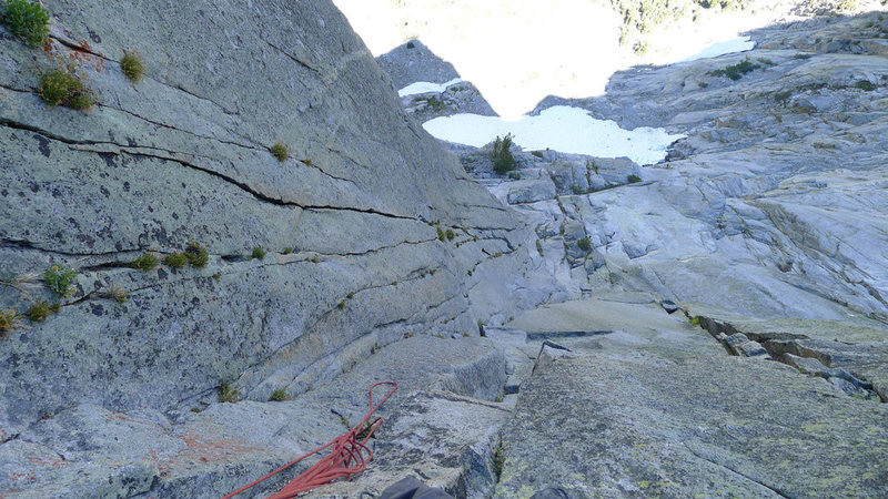 looking down P4 with other potential crack options in dihedral on on arete to the left