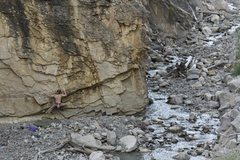 Rock Climbing Photo: Starting the Short version of The Chossy Traverse.