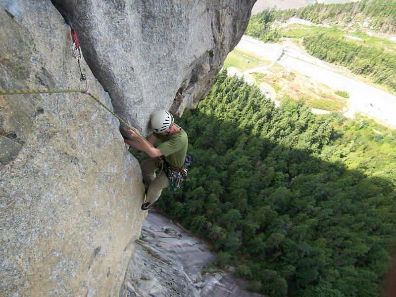 Rock Climbing Photo: The airy roof above the truck stop...