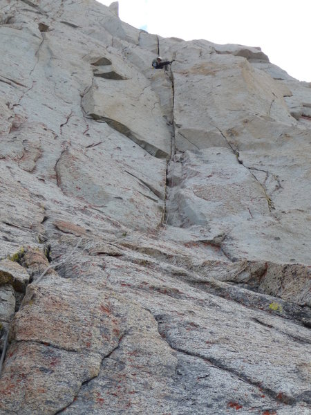 Rock Climbing Photo: Looking up at pitch 6.  Sitting on top of the flak...