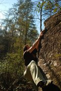 Rock Climbing Photo: Rhodorete V4 at Little Eastatoee, SC