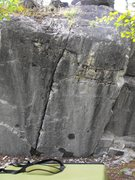 Rock Climbing Photo: The obvious line up the crack.  Blackie Blustos us...