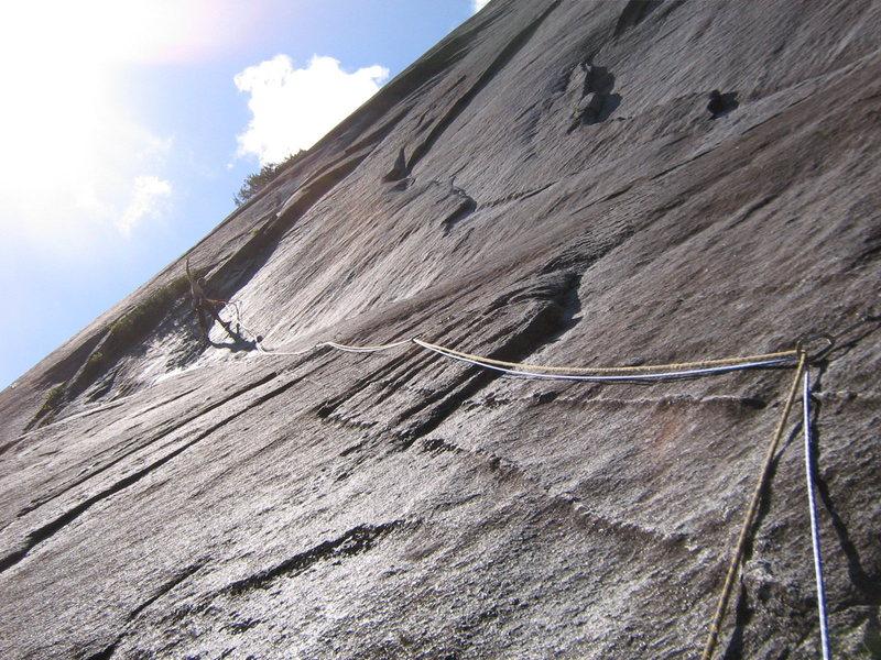 Rock Climbing Photo: P2 traverse Gone Postal