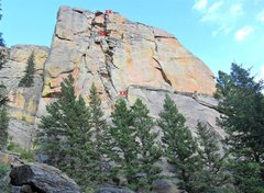 Rock Climbing Photo: Belay station anchor locations on Chickenhead, as ...