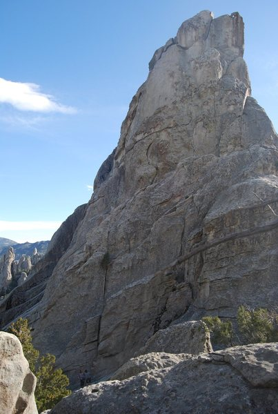 Rock Climbing Photo: East side of Bracksiek's Pillar. Looking at Coo Co...