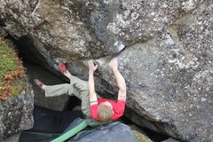 Rock Climbing Photo: Jared Lavacque on Bear Rape V5