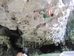 Rock Climbing Photo: Glen C on roof route, 5.12, Sarawak, Malaysia