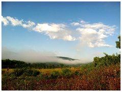Rock Climbing Photo: A morning haze across the south bluff.