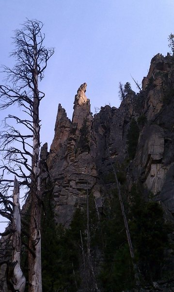 Rock Climbing Photo: Cornlier towers seen from south along the Cornlier...