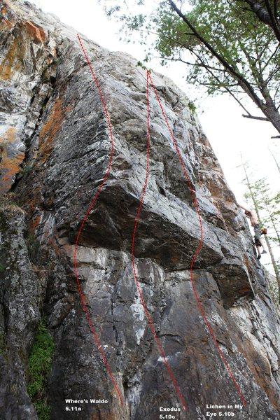Rock Climbing Photo: The Beach Left Center Topo