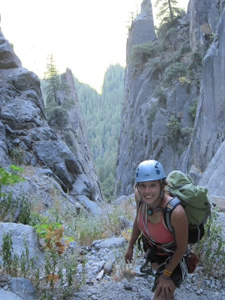 Rock Climbing Photo: Hiking down the chasm from Middle Cathedral, Yosem...