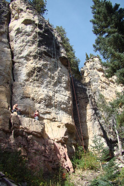 Rock Climbing Photo: The yellow rope is on Hopeful Monsters, 5.13c  The...