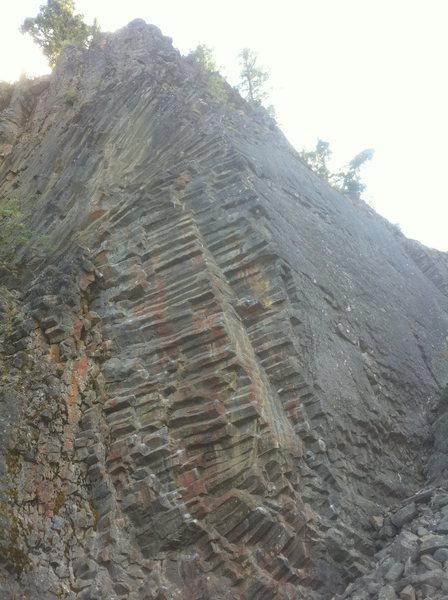 Rock Climbing Photo: The Honeycomb Buttress