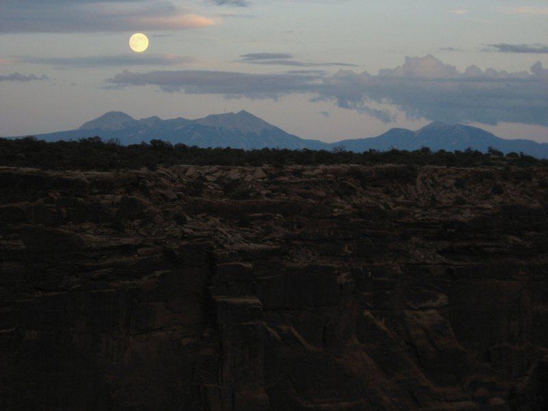 Rock Climbing Photo: Moon over the La Sal Mountains