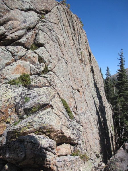 bouldering wall south of lost lake, rmnp.